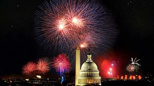 DC-fireworks-skyline
